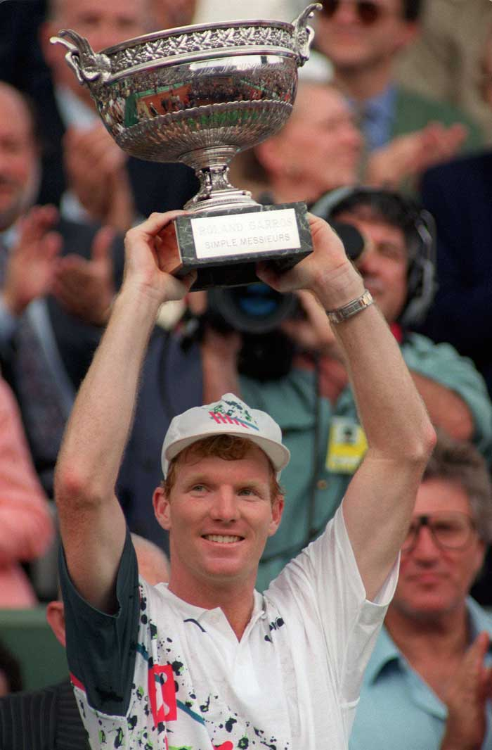 <b>Jim Courier</b><br><br> Apart from Michael Chang in 1989, the Americans had always had bitter memories of the French Open final matches, but Jim Courier was out to change it all as he won back to back titles in 1991 and 1992.
