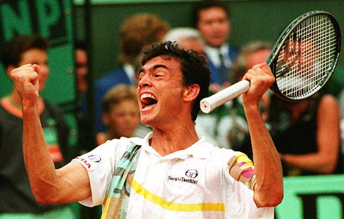 <b>Sergi Bruguera</b><br><br> Sergi Bruguera started a spell of Spanish domination at the French Open, a spell that continues till today. He defeated double defending champion Jim Courier in 1993 and then went on to win a successive title in 1994.