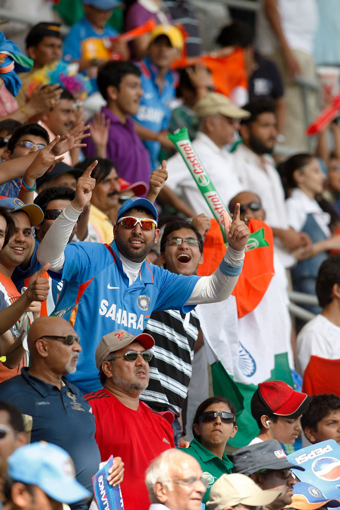 And here craziness is at its zenith: Yuvraj Singh's look alike at the stands. Wow!! (Image Courtesy: Getty Images)