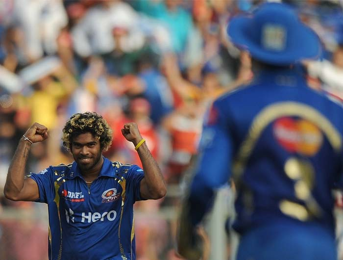 Mumbai did manage to pull things back in the end with not too many scored of the last two overs. Malinga got 2 wickets at the fag end of the Chennai innings as only 13 were scored off the last two. (AFP PHOTO/Punit PARANJPE)