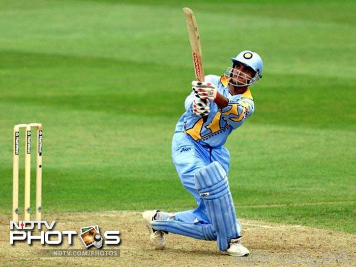 Sourav went on to score over 400 runs in the tournament, with the most significant of innings coming against Sri Lanka. He scored a mammoth 183 runs to put the islanders out of contention for the Super Six stage. The match also ended the career of the 1996 World Cup winning skipper Arjuna Ranatunga.
