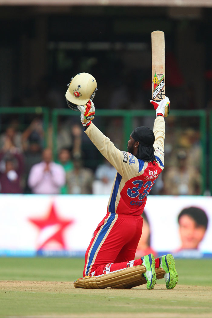 Chris's teammate, who still has to find full fitness, Zaheer Khan applauded his efforts. <br><br> zaheer khan @ImZaheer13h Amazing power hitting !! Take a bow no 10 @henrygayle that was something special !!! (BCCI Image)
