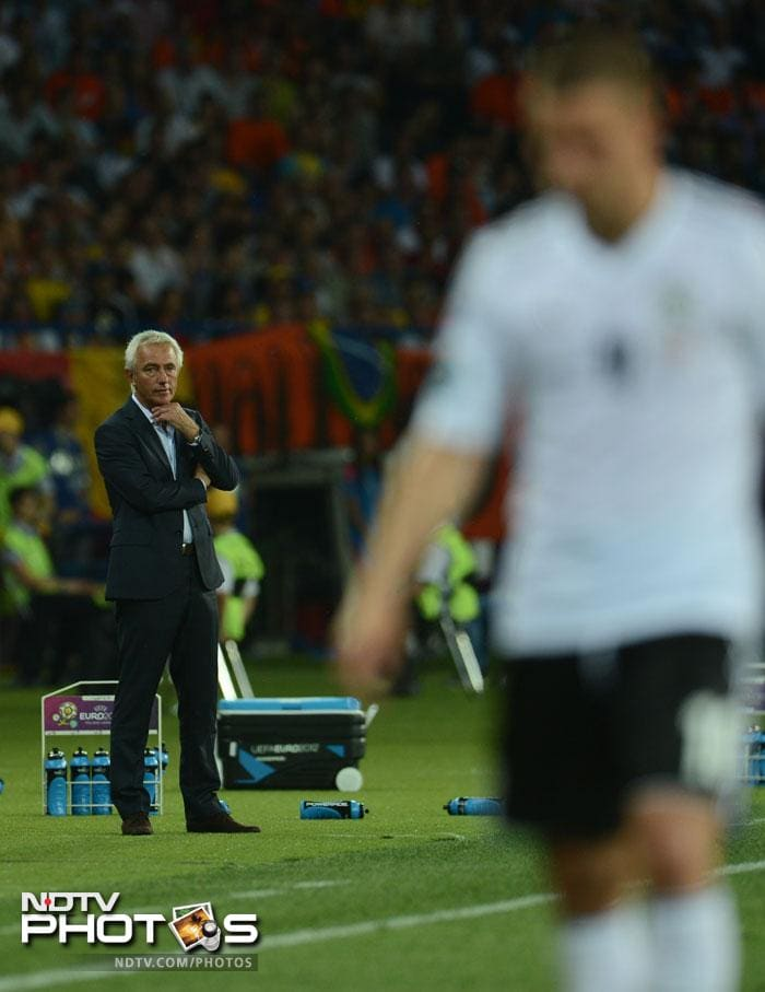 Dutch coach Bert van Maarwijk looked on in vain as his side could not put up much resistance. (AFP Photo)