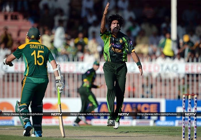 Mohammad Irfan struck lethal blows for Pakistan taking 3/53.