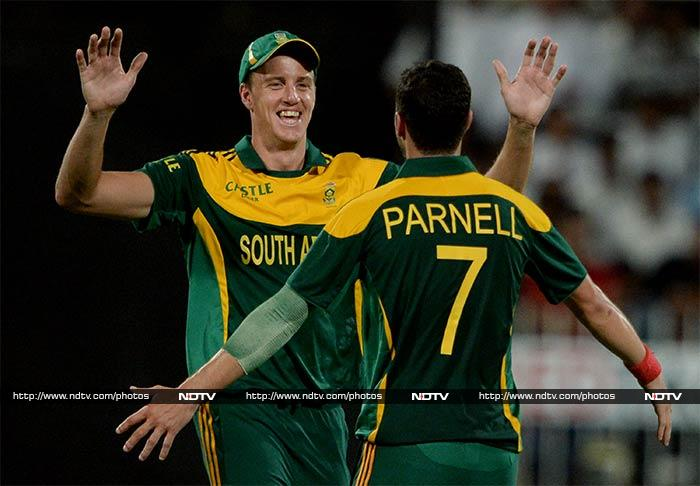 Morne Morkel led the way for South Africa with 3/38.