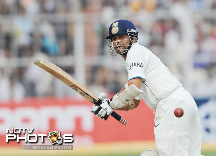 The little master Sachin Tendulkar may be out of sorts but there is no denying his class. Having not scored a Test century for over eighteen months he would be looking to cash in on this opportunity to score some big runs.