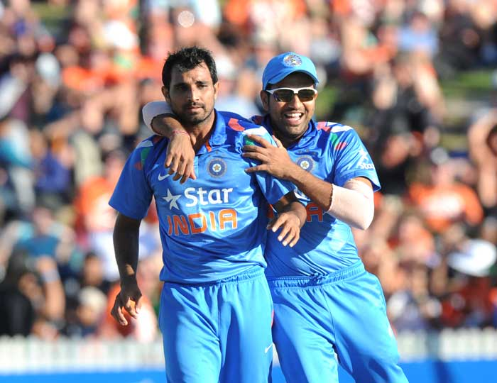Mohd Shami then struck to remove Martin Guptill for 35. Guptill was out LBW in the ninth over. Guptill's wicket gave India much hope as it reduced the Kiwi run-scoring rate considerably.