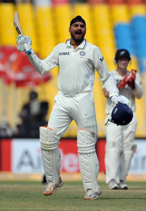 <b>The roar:</b> Harbhajan again came to his side's rescue with the bat after Chris Martin's five-wicket haul on Day 4 of the first Test put New Zealand on the path to an upset victory.<br><br> But along with VVS Laxman, Bhajji managed to keep the Kiwi bowlers at bay on the last day and deservingly brought up his maiden Test century.
