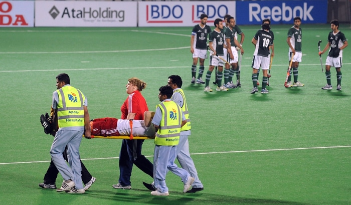 Pakistan finally reduced the margin in the 45th minute through hard-working Shakeel Abbasi, who kept his cool to score from an English defensive lapse.<br><br>Two minutes later, Rehan Butt drew parity from close range after Abbas had failed to find the net from yet another short corner. (AFP Photo)