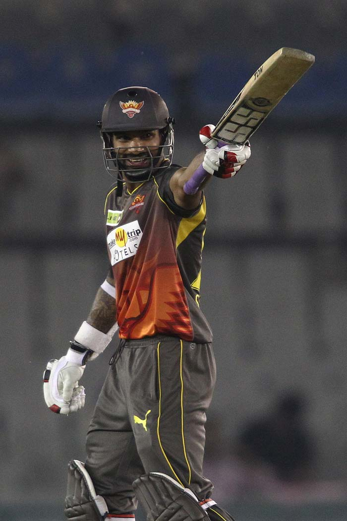 Parthiv's departure did not deter Shikhar Dhawan who was nicely controlling the innings. He scored his 21st t20 fifty and his second in CLT20.