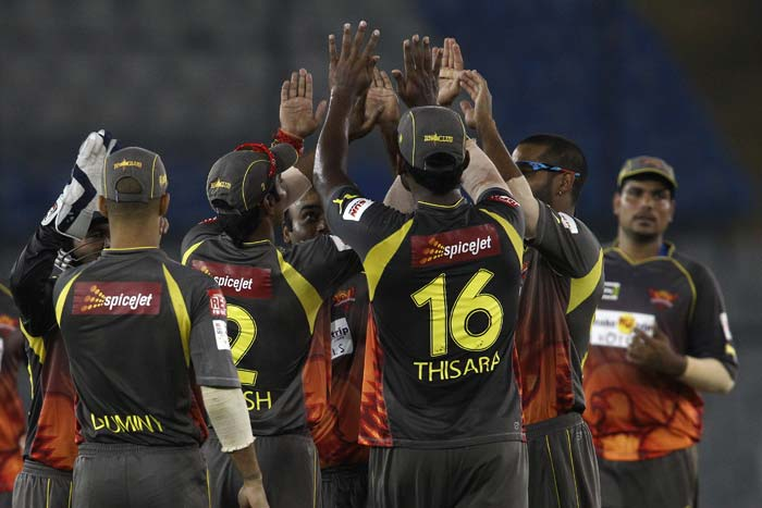 Sunrisers Hyderabad kept on taking wickets at regular intervals and did not allow any partnership to prosper.