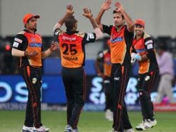 Photo : IPL: Pollard effort in vain as Hyderabad clinch 15-run win
