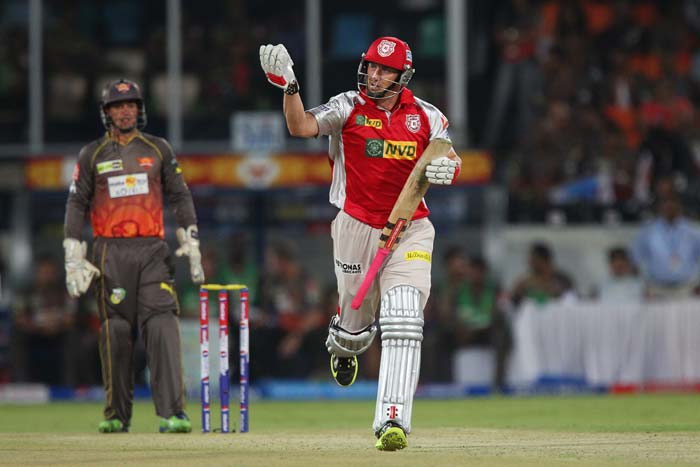Hussey too could not carry on much further as Ishant got his second of the night. The Australian tried to smash a full ball but holed out to Akshath Reddy, who fumbled it initially but took it eventually. He scored 22 off 24 balls. (BCCI Image)