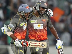 Mishra, Perera give Hyderabad a scratchy win over Punjab