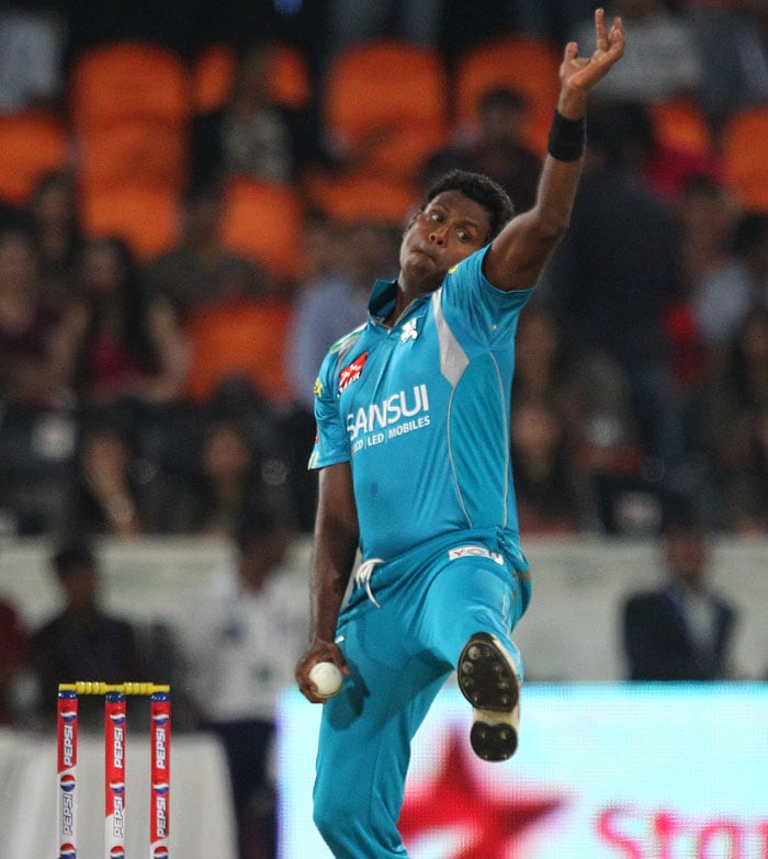 Angelo Mathew bowled 4 overs in which he took an important wicket of Cameron White with an economy rate of 8.5(BCCI Image)