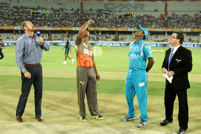 Pune Skipper Angelo Mathews won the toss and decided to bowl first against Debut team Hyderabad Sunrisers led by Kumar sangakara(BCCI Image)