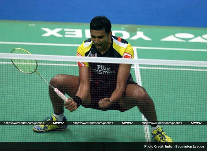 It was a Bangalorean who started the demolition of Banga Beats with Anup Sridhar notching up an upset 21-12 21-18 victory against world no.8 Hu Yun in the first men's singles to give Pune a 1-0 lead.