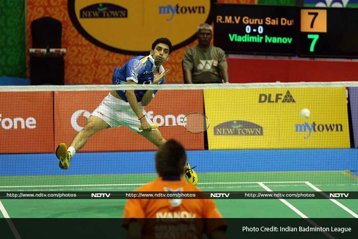In the opening men's singles match, Masters' Vladimir Ivanov, who has had an outstanding IBL so far, again came out on top beating World No.20 R.M.V. Gurusaidutt in a tough encounter.