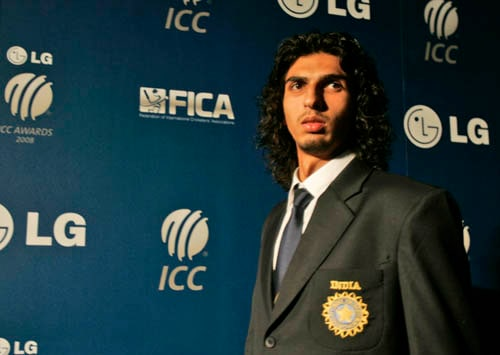 Indian cricket player Ishant Sharma arrives on the red carpet as he walks for the LG ICC Awards 2008 ceremony in Dubai.
