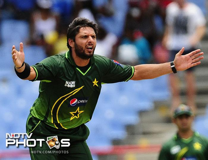 <b>Shahid Afridi (Pakistan):</b> An attacking batsman and a more than useful bowler, Shahid Afridi is a vital cog in the Pakistan line-up. Averaging 23 with the bat and 26 with the ball in the last one year, he is an invaluable inclusion as a frontline spinner and lower order batsmen in this all-star team.