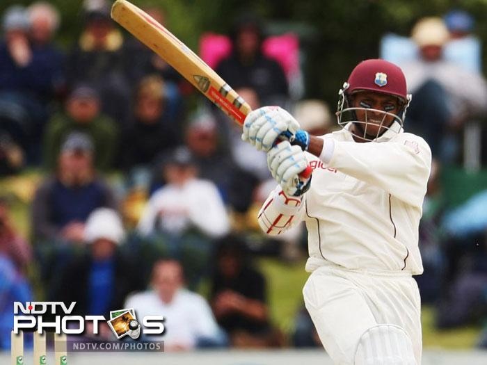 <b>Shivnarine Chanderpaul (West Indies):</b> Shivnarine Chanderpaul has been the backbone of the otherwise unpredictable Caribbean batting lineup. In the season gone by, Chanderpaul scored 975 runs in 11 Tests at an average of 48.67. In the process this No. 6 batsman scored two centuries and six fifties.