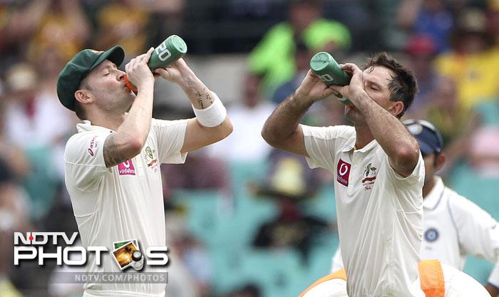 Michael Clarke and Ricky Ponting during a drinks break on Day 2 of the second Test match against India at the SCG in Sydney. (AP Photo)