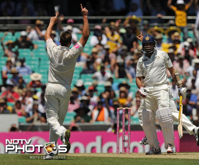 James Pattinson celebrates after taking the wicket of VVS Laxman on Day One of the second Test at the Sydney Cricket Ground. (AFP Photo)