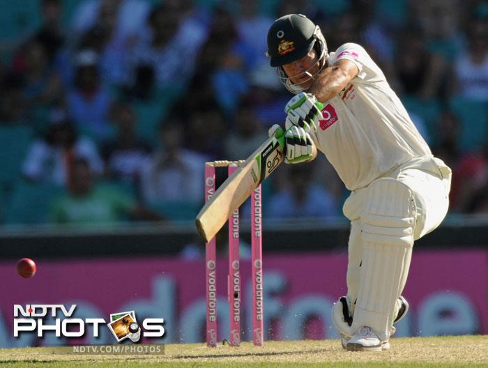 Ricky Ponting plays a drive on Day One of the second Test against India at the Sydney Cricket Ground. (AFP Photo)