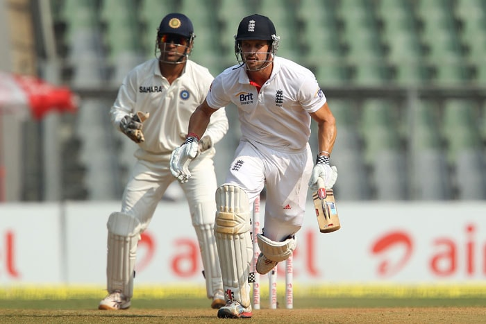 Nick Compton takes a run during Day 4 of the 2nd Test match between India and England. (Pic Courtesy: BCCI)