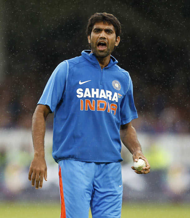 Munaf Patel gestures while bowling during the fourth ODI between England and India at Lord's in London. (AFP Photo)