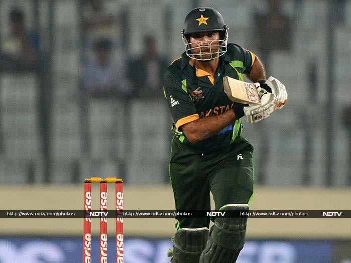 Sohaib Maqsood (38) played the supporting role to great effect as he and Hafeez added 87-run stand for the fifth wicket.