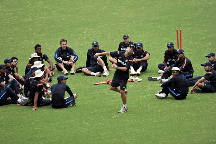 Gary Kirsten gestures during a team briefing at a practice session in Nagpur. (AFP Photo)