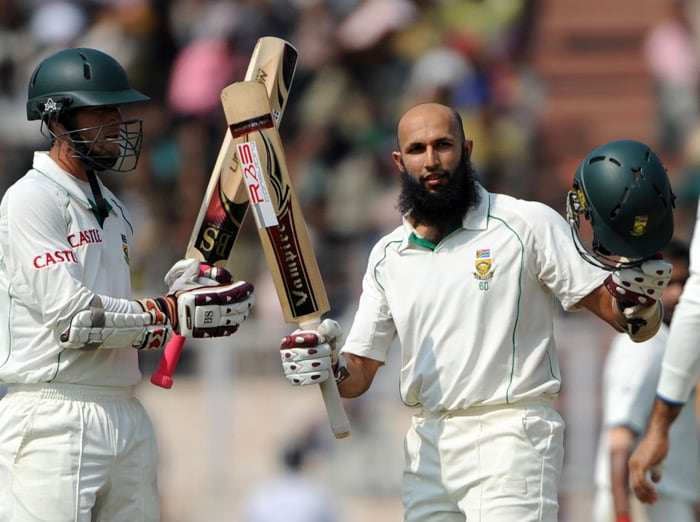 Meanwhile, one player continued to play like a 'Man on a Mission'. Hashim Amla, who had an exceptional series with the bat, slammed his third century of the series. <br><br>After slamming a double ton in Nagpur, he hit centuries in both the innings in Kolkata. Technically, his ton in the second innings in Kolkata was much better than his previous hundreds. (AFP Photo)