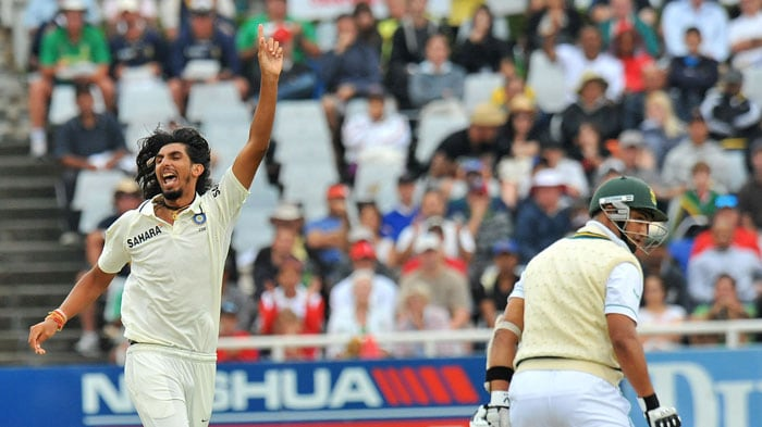 Ishant Sharma celebrates dismissing Alviro Petersen for 21 runs on the first day of the third Test at the Newlands Stadium in Cape Town. (AFP Photo)