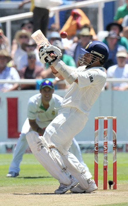 Indian batsman Sachin Tendulkar in action during the third day of the third and final Test against India at Newlands Stadium in Cape Town. (AFP Photo)