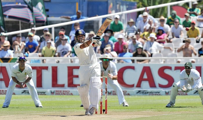 Indian cricketer Sachin Tendulkar plays a shot during the third day of the third and final Test against India at Newlands Stadium in Cape Town. (AFP Photo)