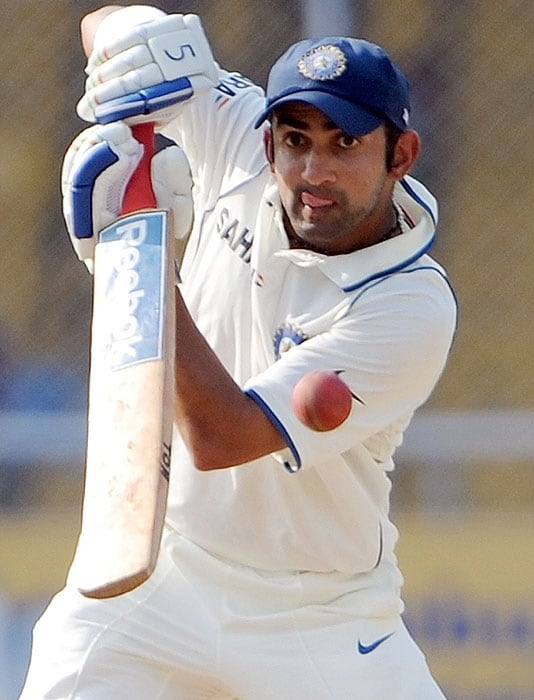 India's Gautam Gambhir bats on the fourth day of the first Test between India and Sri Lanka at the Motera stadium in Ahmedabad on Thursday, November 19, 2009. With a record partnership of 351 runs, Mahela and Prasanna Jayawardene gave Sri Lanka a lead of 334 runs over India. Lanka declared their first innings at 760-7 in the post-lunch session. (AFP Photo)