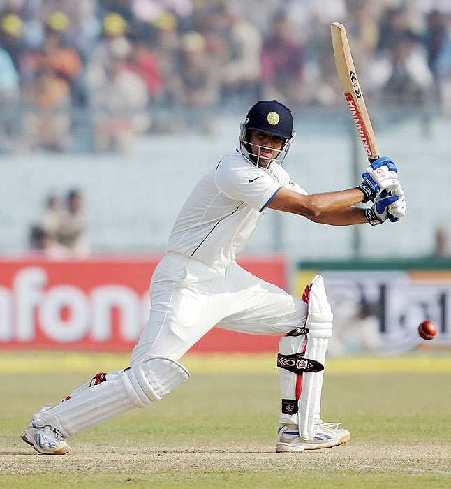 India's Rahul Dravid bats on the second day of the second Test match against Sri Lanka at the Green Park Stadium in Kanpur on Wednesday. (AFP Photo)