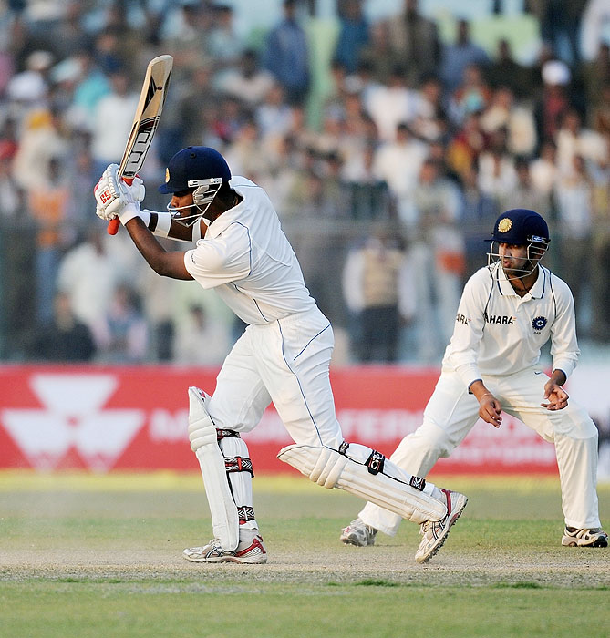 Sri Lanka's Tharanga Paranavitana plays a shot on the second day of the second Test against India at the Green Park Stadium in Kanpur on Wednesday. (AFP Photo)