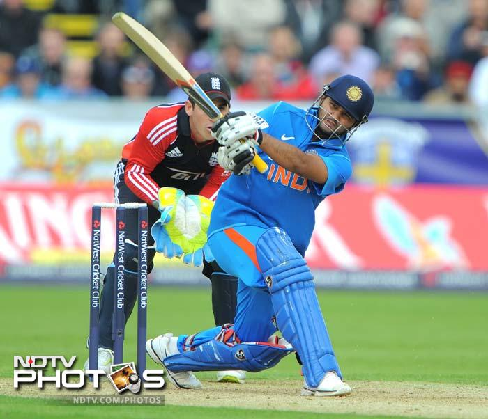 Parthiv Patel hit exquisite shots and steadied India when Ajinkya Rahane and Dravid fell in quick succession. (AFP Photo)