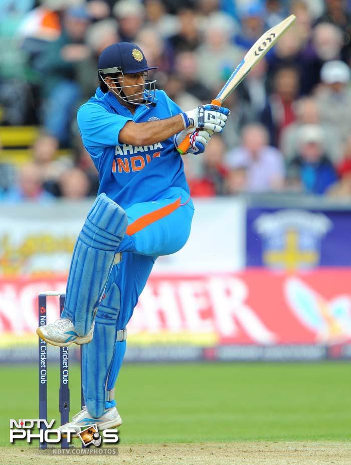 Earlier, Indian captain MS Dhoni played a handy knock, scoring 33 off 36 balls as India set England a 275-run target. (AFP Photo)