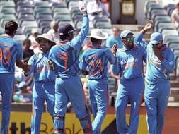 2nd ODI: India beat Sri Lanka by 4 wickets