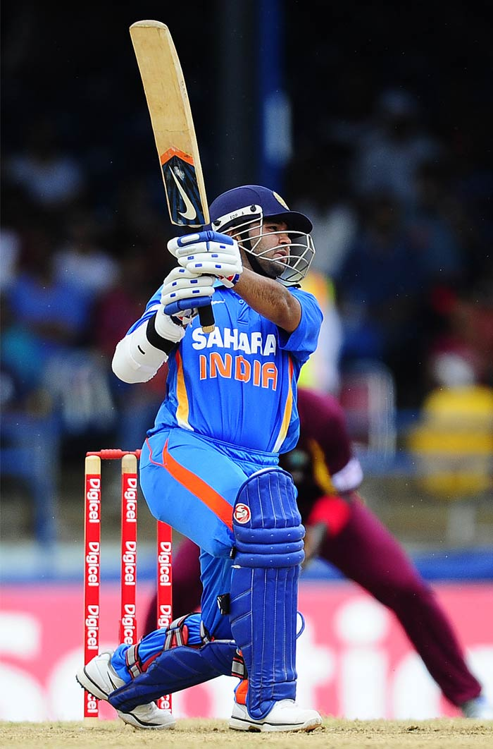 Parthiv Patel on the other end looked in slightly edgy touch as he scored 26 from 20 balls with two boundaries and a six.