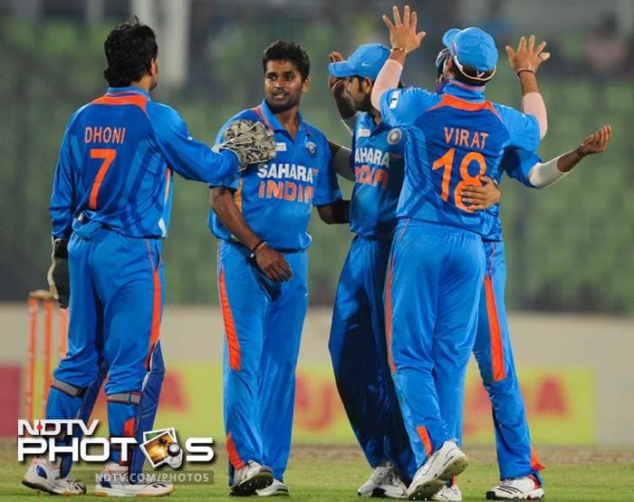 Once the two departed however, a relentless Vinay Kumar struck terror to shatter the Sri Lankan batting card. The match was wrapped up in 45.1 overs.