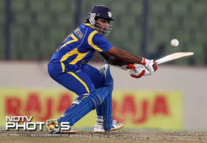 Jayawardene was partnered by Kumar Sangakkara and the two played some exquisite shots to take the challenge to the Indian bowlers.