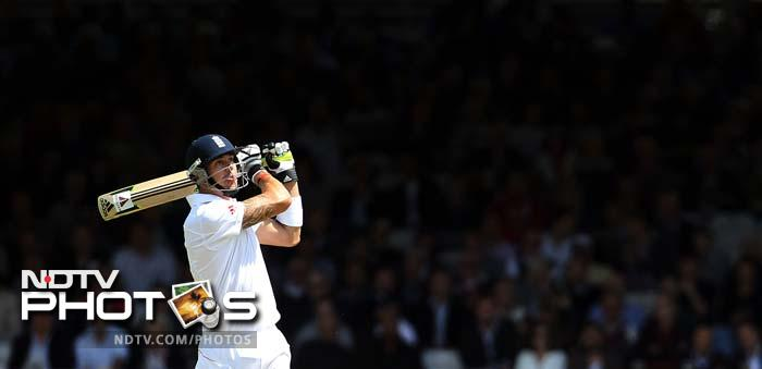 Though the rate of scoring was slow for most parts, the opening session saw a few aerial shots towards its end as England took lunch at 217 for 3.