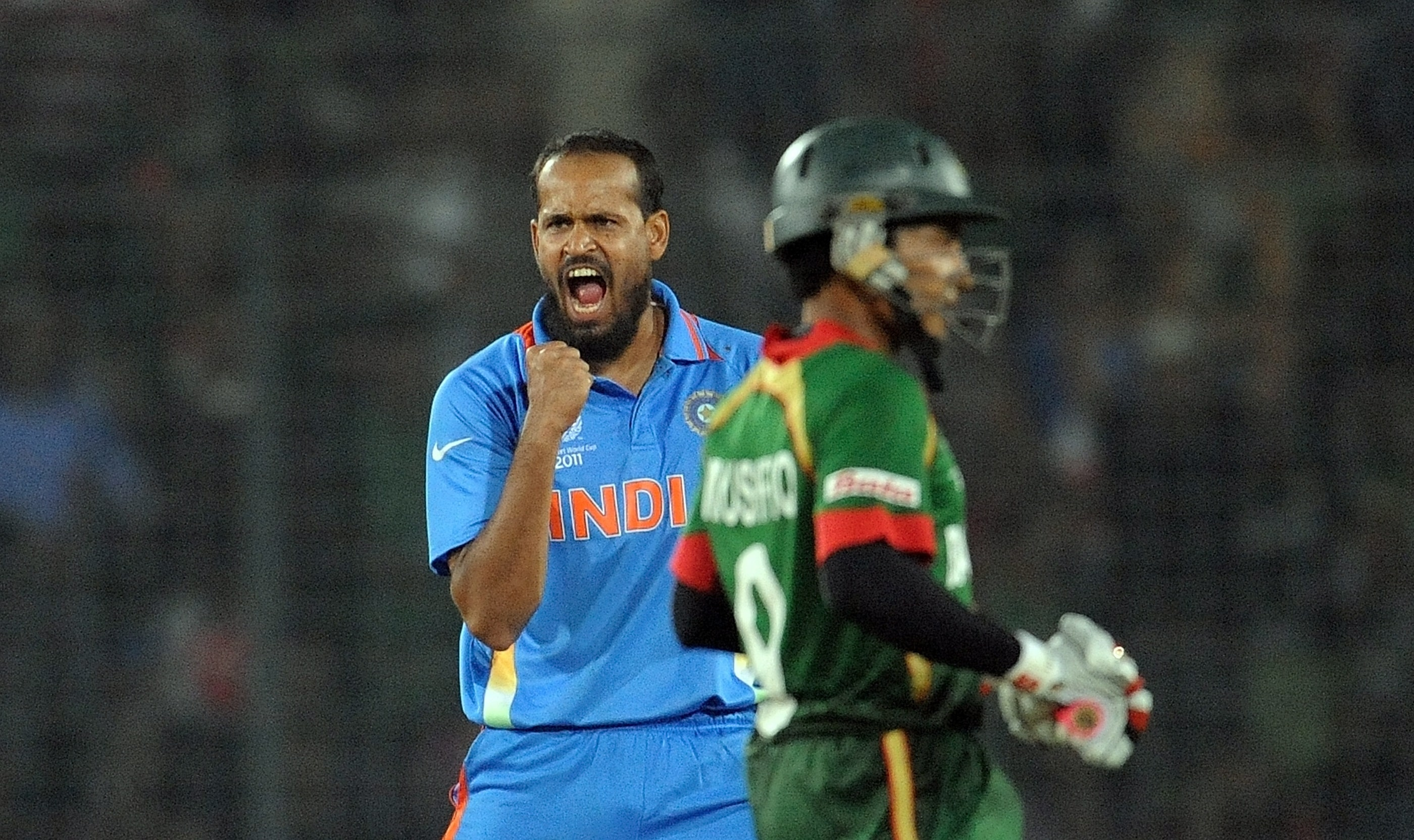 Munaf Patel reacts after taking the wicket of Bangladesh captain Shakib Al Hasan during the first match in the World Cup tournament between Bangladesh and India at the Sher-e Bangla National Stadium in Dhaka. (AFP Photo)