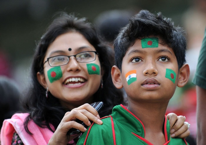 Spectators look on during the Cricket World Cup opening match between India and Bangladesh at the Sher-e-Bangla National Stadium in Dhaka. (AFP Photo)
