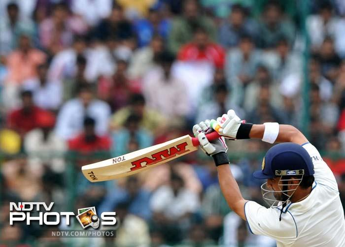 Gautam Gambhir couldn't get going in the first innings. But his 58-ball 34, that included seven boundaries, got India off to a fine start.