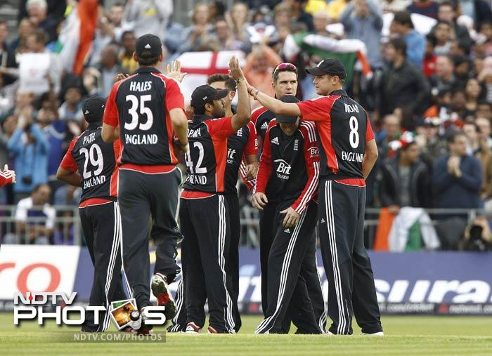 But as soon the two fell, England staged yet another collapse; picking four key batsmen for just 13 runs.